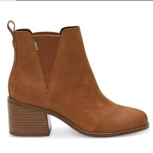 Toms Esme Boots Brown NWT